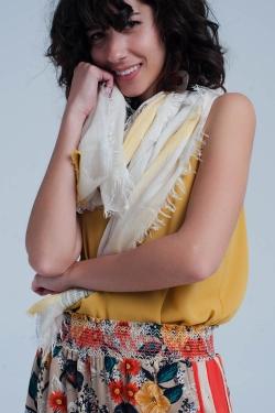 Gestreifter Schal in gelb