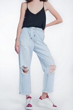 Gerade geschnittene, kurze Jeans mit hohem Bund in verwaschenem Hellblau